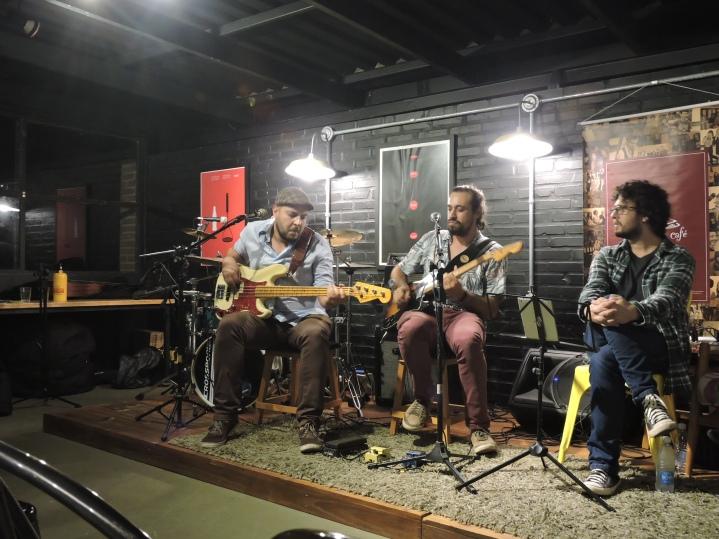 Sarau com Café abril 2019 (2)