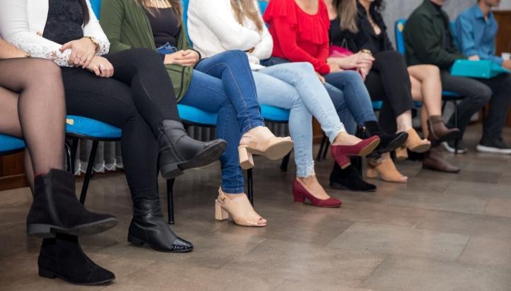 sindicatoTC - Calçados feitos pelos alunos usados na formatura