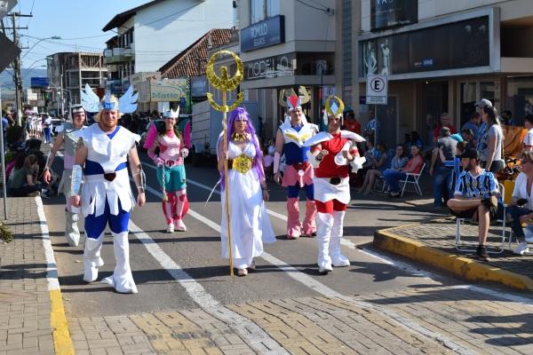 Gincana_Rolante_desfile
