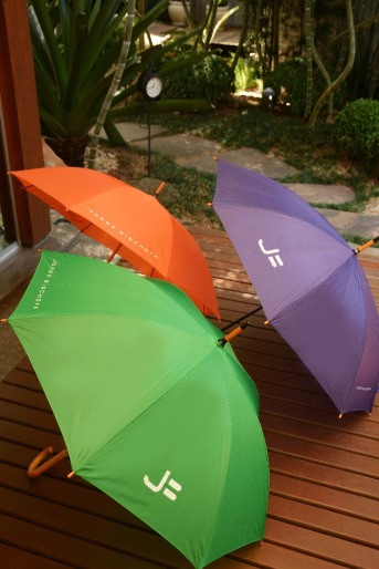 Jorge Bischoff - guarda-chuva.JPG